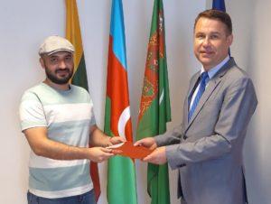 KTU graduates are collecting their diplomas at Lithuanian embassies